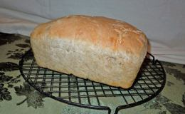 Sprouted-grain sourdough bread